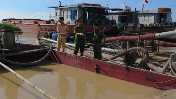 Hải Dương: Huyện Nam Sách xử lý 24 trường hợp khai thác cát trái phép