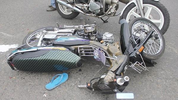 Xe mô tô đâm nhau, 2 người chết