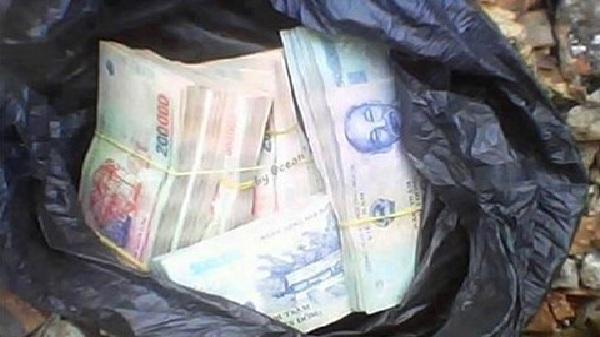 Hải Dương: Người thợ điện tốt bụng trả lại gần 20 triệu đồng cho người đánh rơi