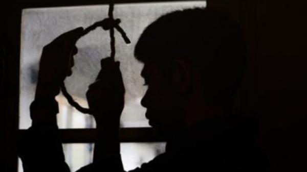 Hải Dương: Phát hiện người đàn ông treo cổ tự sát