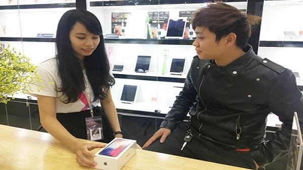 """""""Siêu phẩm"""" iPhone X gây sốt thị trường Hải Dương"""