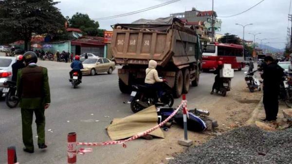 Hải Dương: Đâm vào xe tải, một nạn nhân tử vong