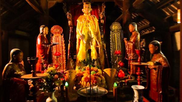 """Bí ẩn về  bức tượng Linh Lang 700 tuổi biết """"đứng lên ngồi xuống"""" khi có người dâng hương ở Hải Phòng"""