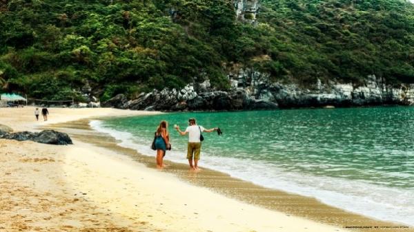 Bộ ảnh tuyệt đẹp trên đảo Cát Bà khiến bạn chỉ muốn 'xách ba lô lên và đi'