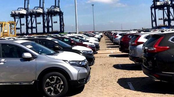 Hàng ngàn ô tô thuế 0% đầu tiên 'vượt rào' cập cảng Hải Phòng