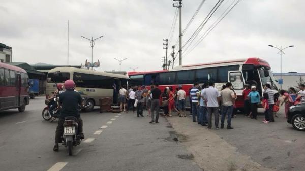 Va chạm giao thông kinh hoàng giữa 2 xe khách khiến 14 người bị thương