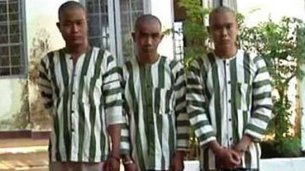 Khởi tố, bắt tạm giam 3 thanh niên chém CSGT gần lìa ngón tay khi bị đo nồng độ cồn
