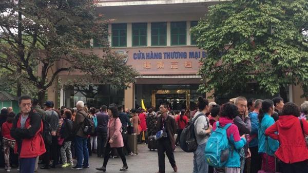 """Chiêu mới tour """"0 đồng"""" ở Quảng Ninh: """"Nhốt"""" thật xa để du khách tiêu tiền """"đúng chỗ"""""""