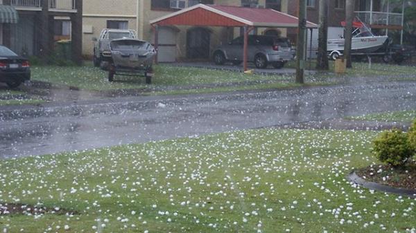 Dự báo thời tiết ngày 20/4: Bắc Bộ đề phòng xảy ra tố lốc, mưa đá và gió giật mạnh