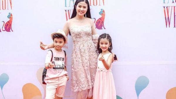 Hoa hậu Ngọc Hân và 100 mẫu nhí 'đại náo' phố đi bộ Hồ Gươm