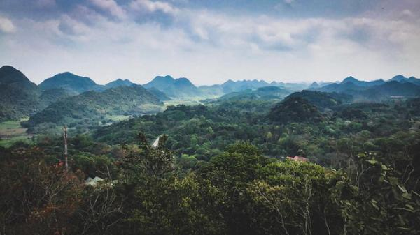 Có một điểm du lịch ngắn ngày đẹp như mơ, chỉ cách Hà Nội hơn 2 giờ chạy xe