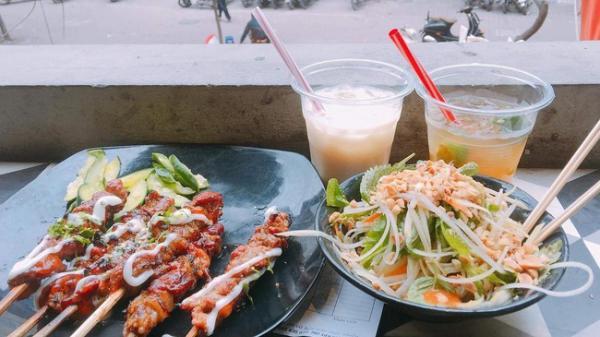 """Truy lùng 4 con ngõ ăn uống nổi danh ở khu Chùa Láng chỉ có """"thổ địa"""" mới biết"""