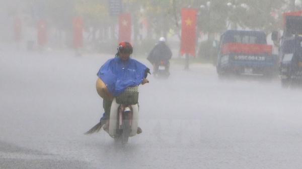 Thời tiết ngày 23/5/2018: Hà Nội oi nóng, bao giờ có mưa trở lại?