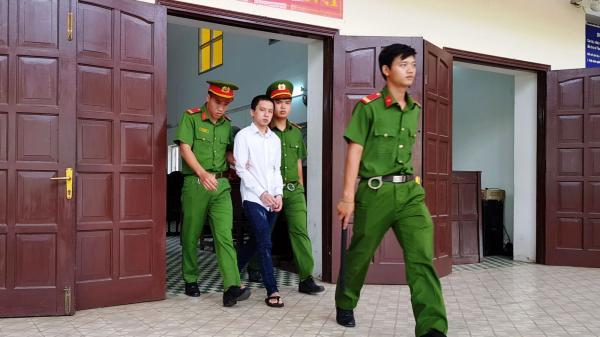 Cựu nhân viên bưu điện lãnh 14 năm tù