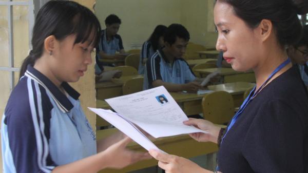 Long An: Thí sinh bước vào môn thi đầu tiên - Ngữ văn