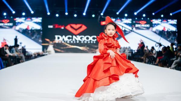 Mẫu nhí Hải Phòng tỏa sáng trên sàn diễn Vie Fashion Week 2019