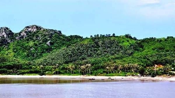 Đồn cổ Xuân Đám: Chứng tích thiêng trên đảo Cát Bà