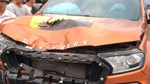 Gây tai nạn chết người, tài xế ô tô tháo biển số rồi thoát khỏi hiện trường