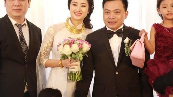 Phát thèm khi nhìn cô dâu Hải Phòng và loạt sao Việt đeo vàng muốn 'gãy cổ' tại lễ cưới