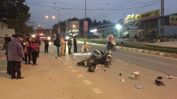 Cao Bằng: Tai nạn nghiêm trọng giữa 2 xe máy khiến 3 người đi cấp cứu