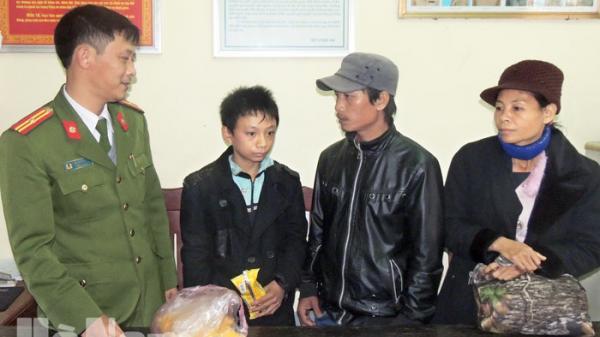 Giận dỗi với bố mẹ, một cháu bé đi lạc từ Thanh Hóa ra Phủ Lý