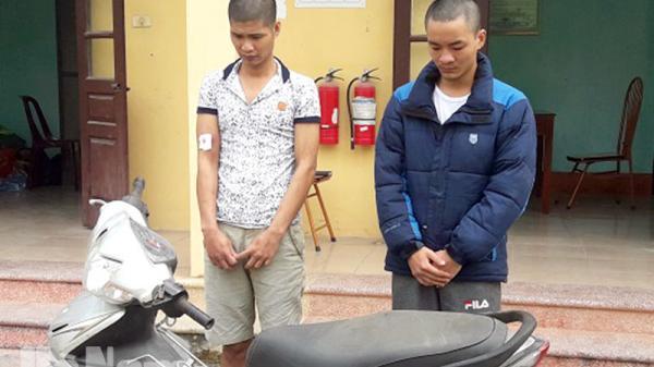 Công an huyện Kim Bảng bắt giữ 2 đối tượng cướp giật tài sản