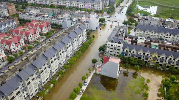 'Làng' biệt thự triệu đô miền Bắc ngập lụt vì bị bỏ rơi?