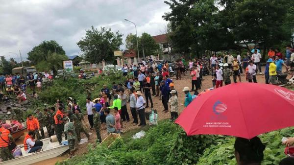 NÓNG: Vỡ đập thủy điện ở Lào, hàng trăm người mất tích