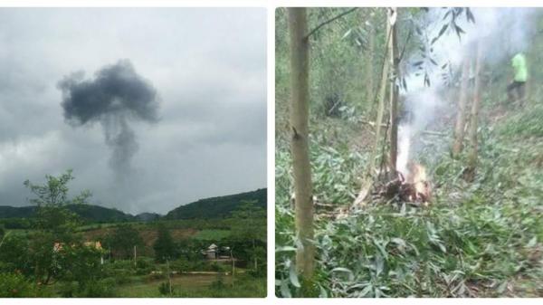 Chùm ảnh: Hiện trường kinh hoàng vụ máy bay quân sự rơi ở Nghệ An khiến 2 phi công tử nạn