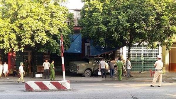 KINH HOÀNG: Lái xe bán tải cán ch.ết ĐỐI THỦ khi đang to tiếng