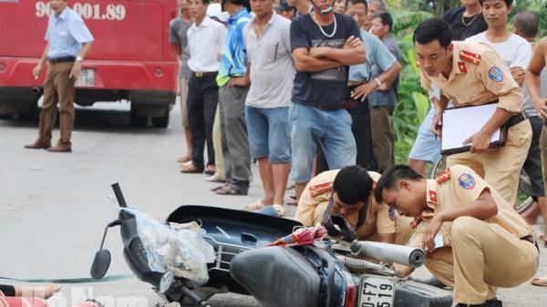 Hà Nam: Ngã ra đường, nam thanh niên bị xe khách cán tử vong