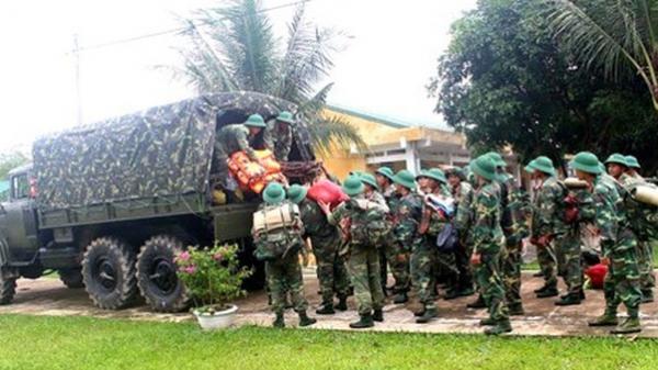 Hơn 30.000 cán bộ, chiến sĩ quân đội ứng trực bão số 4