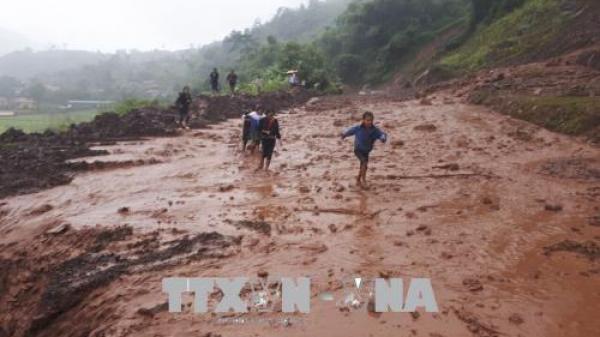 Điện Biên: Lũ quét kinh hoàng, nhiều tuyến đường quan trọng ách tắc cục bộ