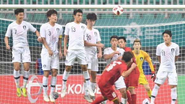 VIDEO: Cận cảnh siêu phẩm sút phạt của Minh Vương tung lưới thủ môn dự World Cup 2018