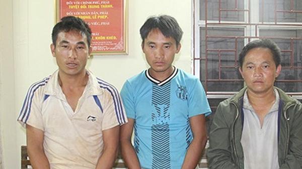 Sơn La: Bắt 3 đối tượng dùng xe máy vận chuyển 10 bánh heroin