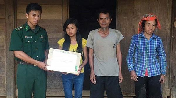Điện Biên: Tiếp thêm động lực cho học sinh khó khăn vùng biên
