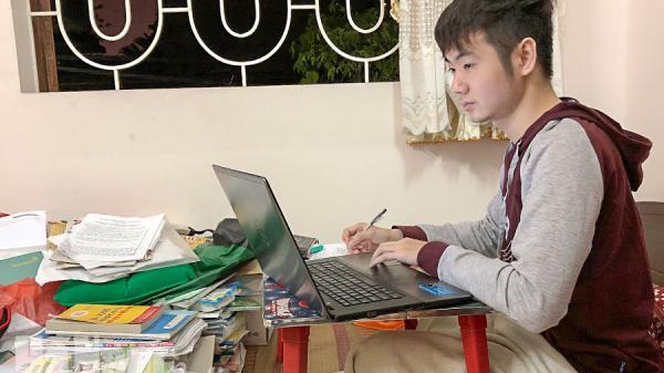 Hà Nam: Sinh viên năm thứ nhất chia sẻ những khó khăn trong quá trình học tập