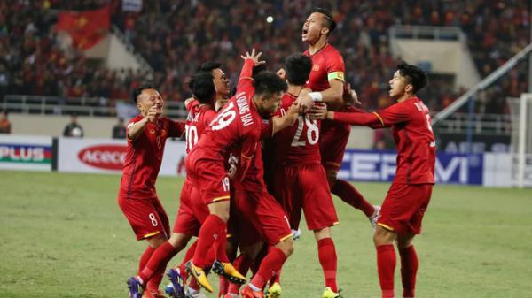HOT: Quang Hải, Anh Đức làm nổ tung Mỹ Đình, bắt Malaysia bất lực nhìn Việt Nam lên ngôi