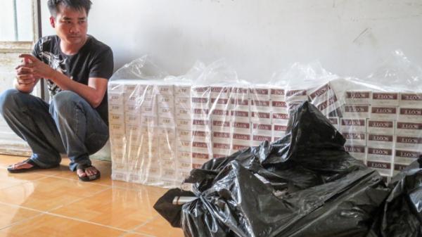 Sóc Trăng: Công an TX. Ngã Năm b.ắt giữ đối tượng chở 1.000 bao thuốc lá l.ậu