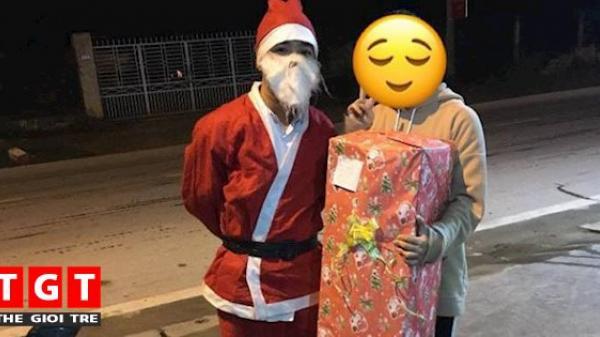 Ông già Noel số nhọ nhất đêm qua: Ship quà cho người yêu cũ do người yêu mới đặt