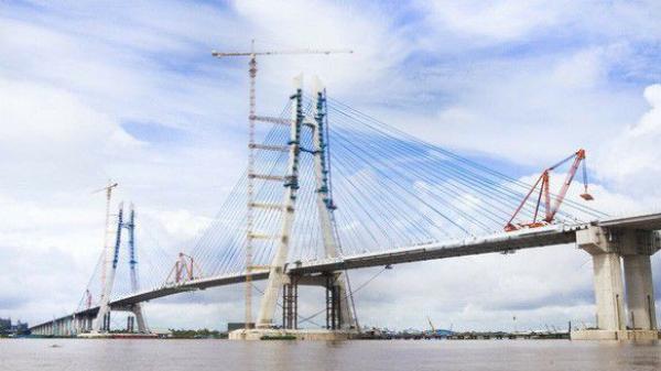 """HOT: Cây cầu """"trong mơ"""" của dân miền Tây sắp thông xe"""