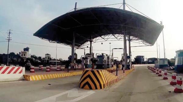 Hy hữu: Trạm thu phí BOT trên cầu Thái Hà tuyến đường Thái Bình - Hà Nam bị dừng sau nửa ngày vận hành