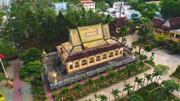 Trà Vinh: Trầm trồ trước vẻ đẹp độc đáo của những ngôi chùa Khmer nhìn từ trên cao xuống