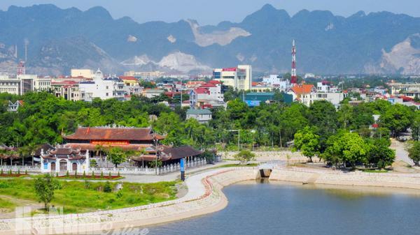 Lam Hạ: Lan tỏa những giá trị nhân văn cao đẹp