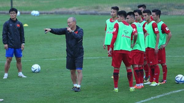 U23 Việt Nam chuyển sang đá 4 hậu vệ: Sự thức thời của thầy Park