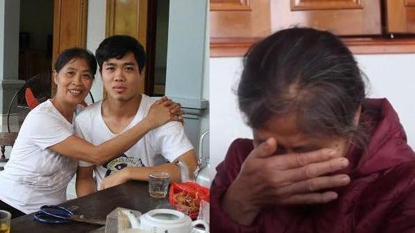 Xót xa khi mẹ Công Phượng quẹt nước mắt trước mâm cơm nguội, thương con chưa kịp ăn đã phải lên đường đi tiếp
