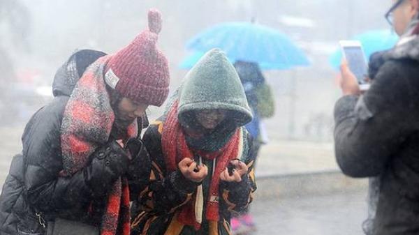 Miền Bắc rét đậm, rét hại kéo dài nhất trong 2 năm qua và dự kiến sẽ còn tiếp diễn ít nhất 3-4 ngày tới
