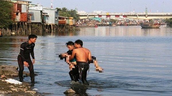 Tang thương gia đình có 4 bố con bác cháu đuối nước khi về quê ăn chạp họ