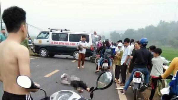 Va chạm kinh hoàng với xe đưa đón học sinh, cô giáo mầm non tử vong tại chỗ