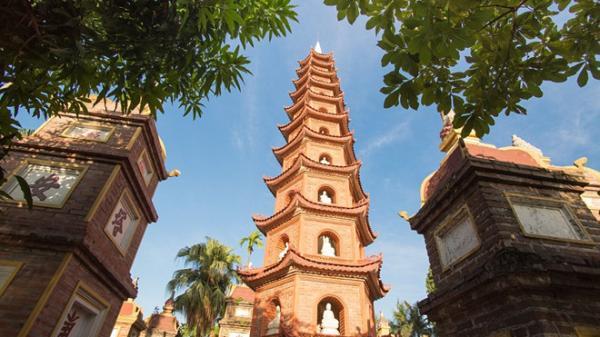 Những ngôi chùa linh thiêng để cầu may nhất định phải đến một lần ở Hà Nội